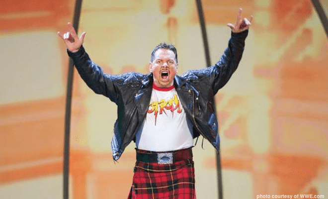 """Eight Memorable """"Rowdy"""" Roddy Piper Moments in WWE"""