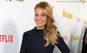 """""""Fuller House"""" Star Candace Cameron Bure Discusses Wrestling Debut For the Show"""
